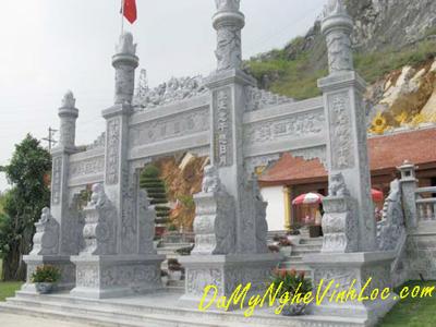 Khuôn viên đền, chùa, cột đá 03